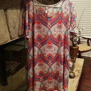 Discount Divas Tops - GUC Tunic Top/Dress  Size XL